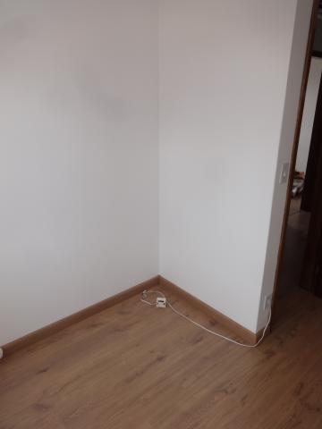 Alugar Apartamento / Padrão em Ponta Grossa R$ 950,00 - Foto 12