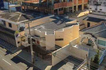 Ponta Grossa Centro Comercial Locacao R$ 6.900,00  Area do terreno 453.40m2 Area construida 320.00m2