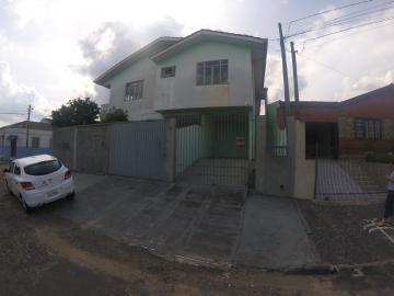 Casa / Sobrado em Ponta Grossa Alugar por R$1.300,00