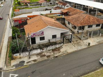Alugar Casa / Padrão em Ponta Grossa. apenas R$ 380.000,00