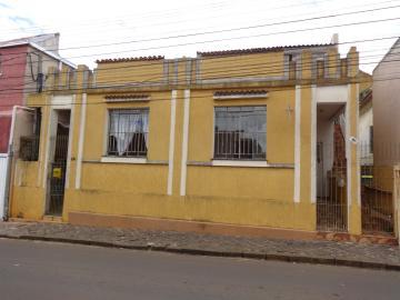 Alugar Casa / Padrão em Ponta Grossa. apenas R$ 350,00