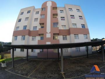 Alugar Apartamento / Padrão em Ponta Grossa. apenas R$ 400,00