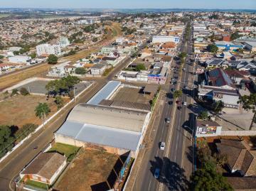 Comercial / Barracão em Ponta Grossa Alugar por R$33.000,00