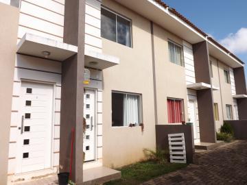 Alugar Casa / Sobrado em Ponta Grossa. apenas R$ 750,00