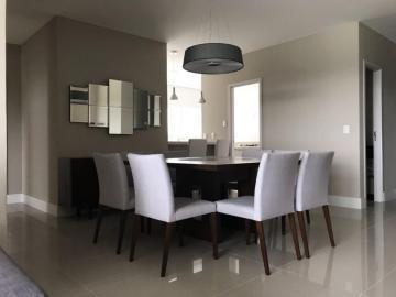 Alugar Apartamento / Padrão em Ponta Grossa. apenas R$ 895.000,00