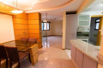 Alugar Apartamento / Padrão em Ponta Grossa. apenas R$ 2.500,00