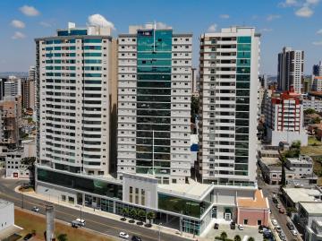 Alugar Apartamento / Padrão em Ponta Grossa. apenas R$ 900.000,00