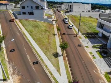 Alugar Terreno / Condomínio em Ponta Grossa. apenas R$ 250.000,00