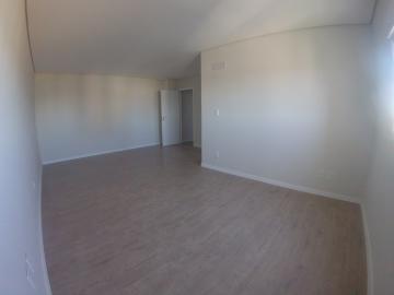 Alugar Apartamento / Padrão em Ponta Grossa R$ 1.800,00 - Foto 9