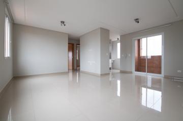 Alugar Apartamento / Padrão em Ponta Grossa. apenas R$ 1.600,00
