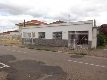 Casa / Padrão em Ponta Grossa Alugar por R$750,00