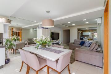 Alugar Apartamento / Padrão em Ponta Grossa. apenas R$ 780.000,00