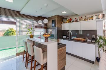 Apartamento / Padrão em Ponta Grossa , Comprar por R$780.000,00