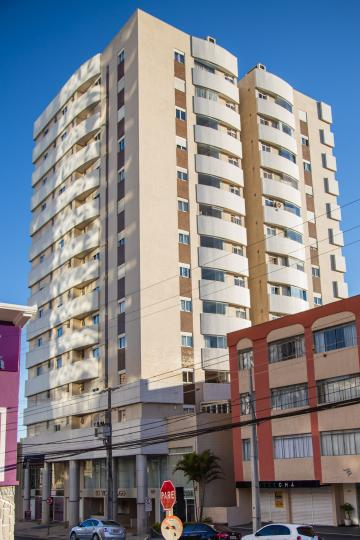 Alugar Apartamento / Padrão em Ponta Grossa. apenas R$ 470.000,00