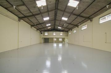 Comercial / Barracão em Ponta Grossa Alugar por R$6.000,00
