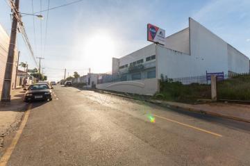 Comercial / Loja em Ponta Grossa Alugar por R$2.900,00