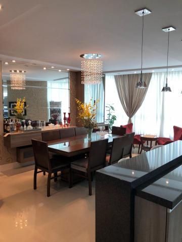 Alugar Apartamento / Padrão em Balneário Camboriú. apenas R$ 1.600.000,00