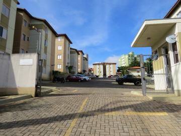 Apartamento / Padrão em Ponta Grossa , Comprar por R$160.000,00