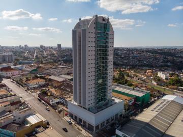 Alugar Apartamento / Padrão em Ponta Grossa. apenas R$ 2.800,00