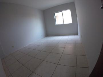 Alugar Apartamento / Padrão em Ponta Grossa R$ 900,00 - Foto 3