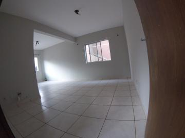 Alugar Apartamento / Padrão em Ponta Grossa R$ 900,00 - Foto 8