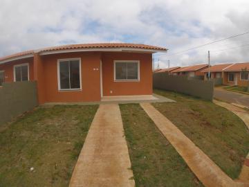 Casa / Condomínio em Ponta Grossa Alugar por R$650,00