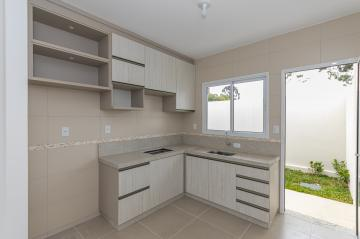Alugar Casa / Condomínio em Ponta Grossa. apenas R$ 180.000,00