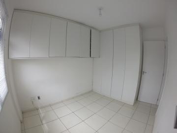 Alugar Apartamento / Padrão em Ponta Grossa R$ 800,00 - Foto 10
