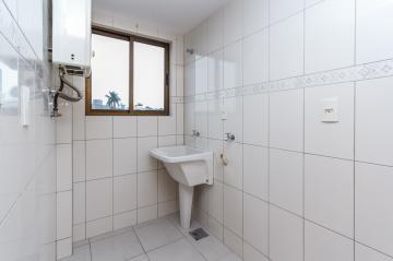 Alugar Apartamento / Padrão em Ponta Grossa R$ 1.300,00 - Foto 7