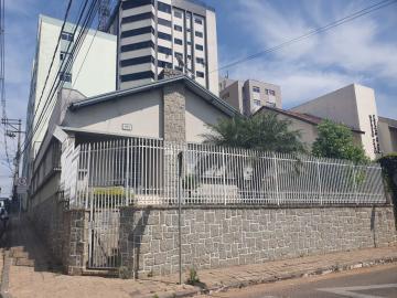 Casa / Padrão em Ponta Grossa , Comprar por R$750.000,00