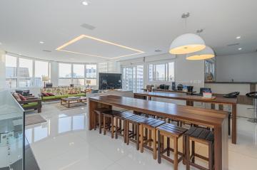Alugar Apartamento / Cobertura em Ponta Grossa. apenas R$ 1.690.000,00