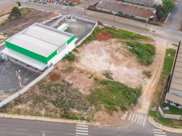 Terreno / Padrão em Ponta Grossa , Comprar por R$900.000,00
