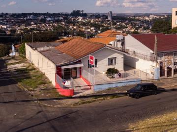 Comercial / Casa em Ponta Grossa , Comprar por R$400.000,00