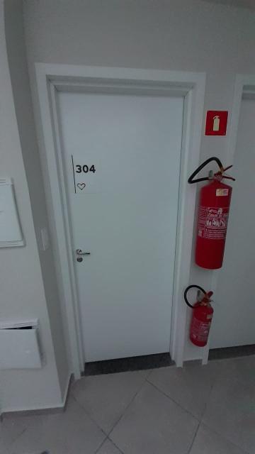 Apartamento / Padrão em Ponta Grossa , Comprar por R$195.000,00