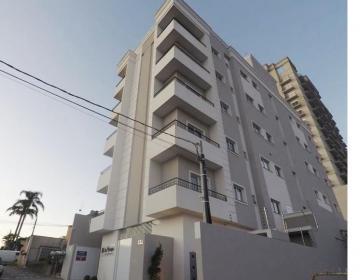 Apartamento / Padrão em Ponta Grossa , Comprar por R$275.000,00
