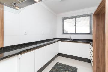 Alugar Apartamento / Padrão em Ponta Grossa. apenas R$ 2.000,00