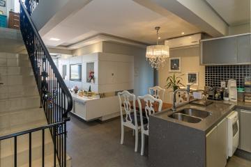 Alugar Apartamento / Cobertura em Ponta Grossa. apenas R$ 1.180.000,00