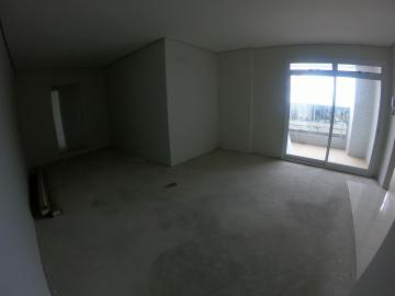 Alugar Apartamento / Padrão em Ponta Grossa. apenas R$ 1.650,00