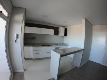 Alugar Apartamento / Padrão em Ponta Grossa. apenas R$ 2.200,00