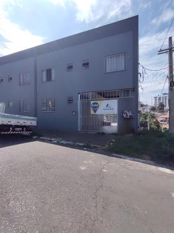 Alugar Apartamento / Kitinete em Ponta Grossa. apenas R$ 450,00