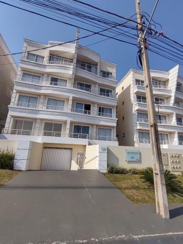 Alugar Apartamento / Padrão em Ponta Grossa. apenas R$ 790,00