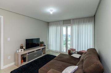 Alugar Apartamento / Padrão em Ponta Grossa R$ 1.750,00 - Foto 4