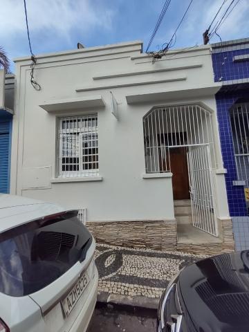 Alugar Comercial / Casa em Ponta Grossa. apenas R$ 2.250,00