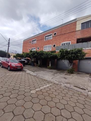 Alugar Apartamento / Padrão em Ponta Grossa. apenas R$ 1.050,00