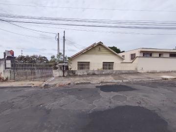 Casa / Padrão em Ponta Grossa Alugar por R$1.100,00