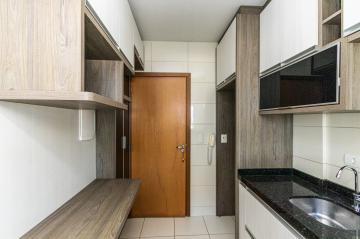 Alugar Apartamento / Padrão em Ponta Grossa R$ 1.600,00 - Foto 6