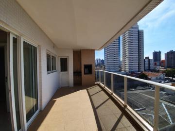 Apartamento / Padrão em Ponta Grossa Alugar por R$3.900,00