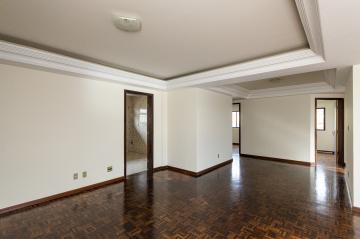 Alugar Apartamento / Padrão em Ponta Grossa R$ 1.150,00 - Foto 1