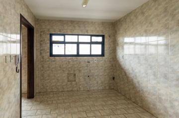 Alugar Apartamento / Padrão em Ponta Grossa R$ 1.150,00 - Foto 5