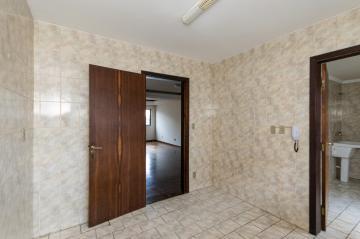 Alugar Apartamento / Padrão em Ponta Grossa R$ 1.150,00 - Foto 6